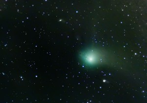 Comet DSS Stacked - Stars added via Mask approach